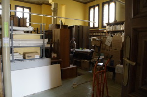 En les obres del cos central, la biblioteca es va convertir en un gran magatzem